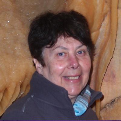 Evelyne Debard